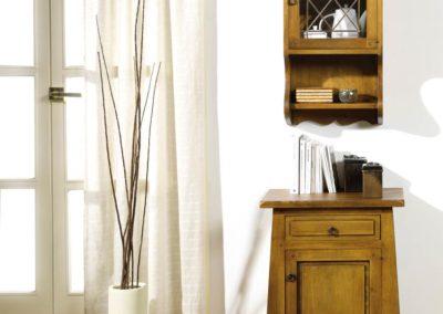 AUX9 Mesilla con mueble alto en madera maciza, posibilidad de diferentes acabados