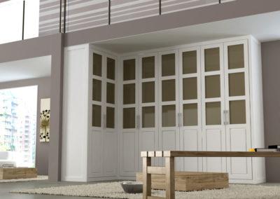 AV2 - Armario a medida de puertas batientes plafonadas y combinando madera y cristal, acabado en madera, tiradores a elegir, gran variedad de acabado de color en madera y cristales.