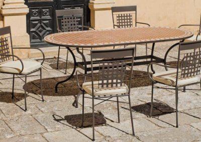 EX15 Conjunto de mesa  en  forja y mosaico con sillones de forja a juego, acabados y tapicería a elegir.