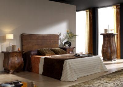 DC13 Dormitorio en madera maciza con formas redondeadas, posibilidad de cabecero en otras medidas.