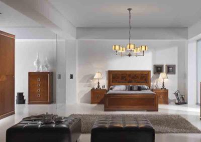 DC16 Dormitorio en madera  color cerezo de líneas rectas con sinfonier y armario a juego, posibilidad de diferentes medidas de cama, tirador filigrana madera.