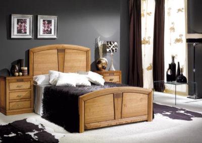 DR9 Dormitorio en madera maciza de roble , posibilidad de diferentes medidas de cama,  mesillas, sinfonier y armario a juego en diferentes medidas.