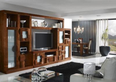 SR9 Salón modular en madera maciza, con frentes de puertas y cajones redondeados, posibilidad de diferentes medidas y acabados.